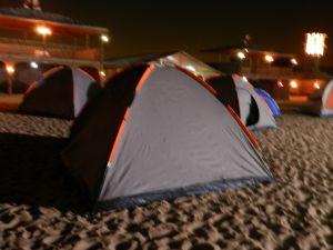 ÜBERNACHTUNG DESERT SAFARI UND DESERT CAMPING IN DUBAI