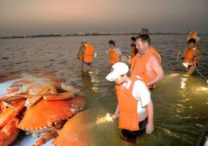 CRAB HUNTING WITH 2 WAY TRANSFERS FROM DUBAI
