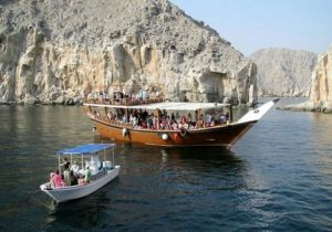 MUSANDAM DHOW CRUISE DIBBA WITH LUNCH