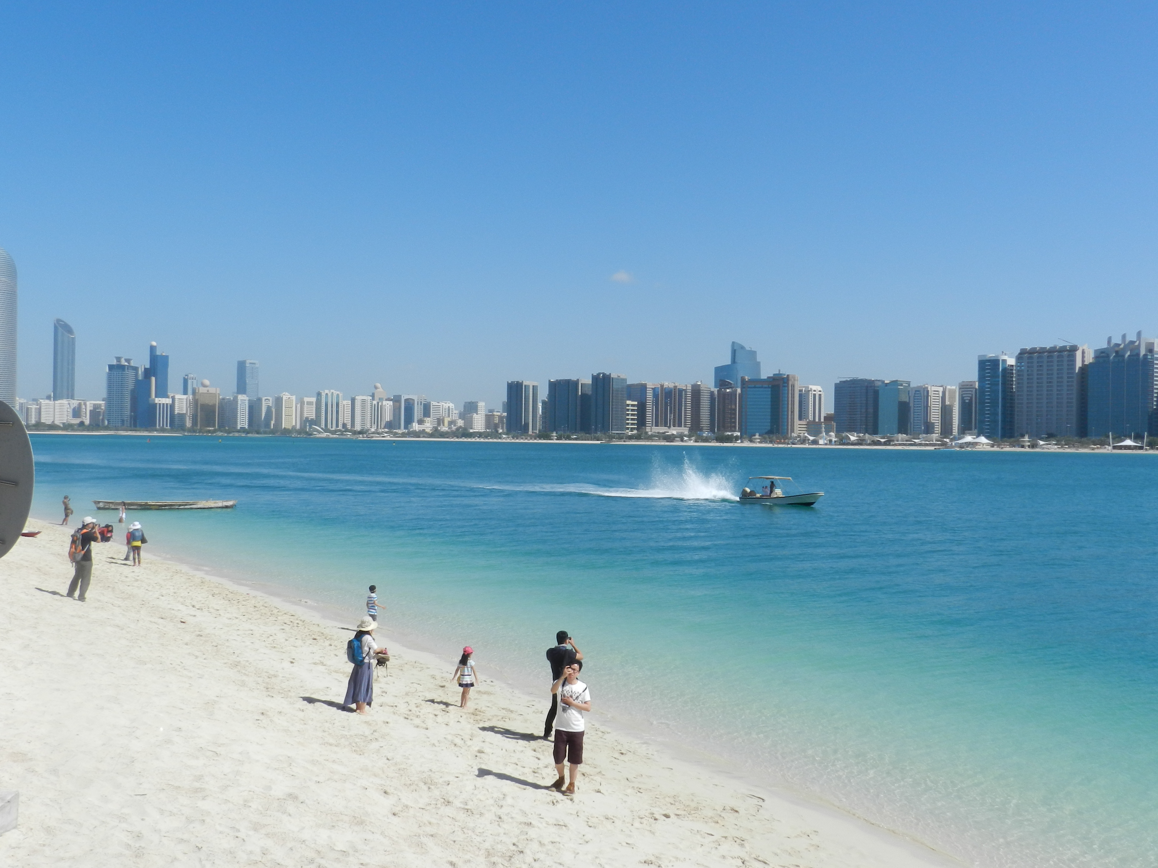 10 TOP-RATED TOURIST ATTRACTIONS IN ABU DHABI